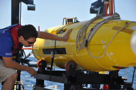 Researching undersea habitats in Florida using AUVs